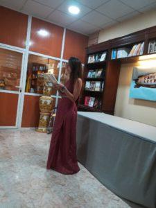 Patricia Tovar recitando